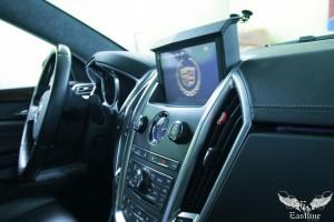 Cadillac SRX - перетяжка потолка итальянской алькантарой