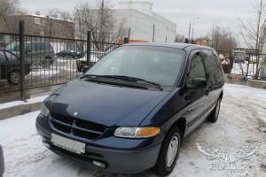 Dodge Caravan - перетяжка сидений и потолка