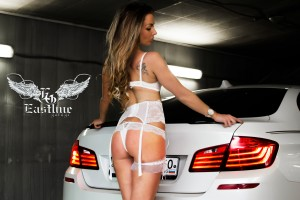 BMW 5 series - перетяжка потолка