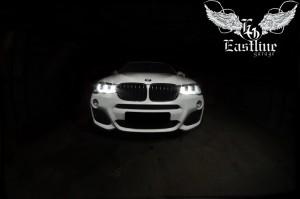 BMW X4 – пошив индивидуального комплекта ковров из немецкой экокожи