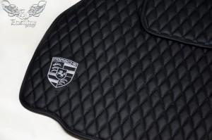 Porsche 911 turbo S – пошив индивидуального комплекта ковров из немецкой экокожи.