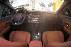 Renault Laguna GT Coupe - пошив и салона и аквапринт