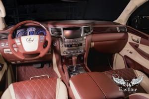 Lexus LX570 – эксклюзивный салон и комплект ковров.