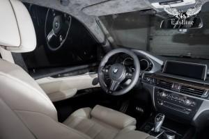 BMW X5 (f15) полная шумоизоляция, перетяжка потолка в итальянскую алькантару, новый руль и накидки на спинки сидений.