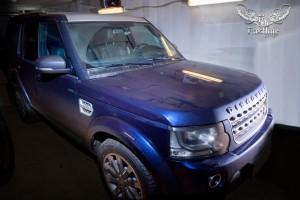 Land Rover Discovery перетяжка потолка в итальянскую алькантару и покраска потолочного пластика
