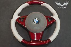 BMW 6er e63 комбинированная перетяжка руля с красным карбоном в кожу и итальянскую алькантару