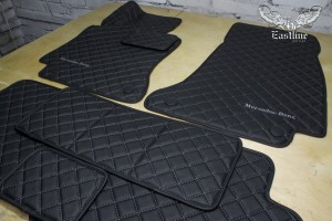 Mercedes Benz E-class W213 пошив комплекта автомобильных ковриков из фактурной немецкой экокожи
