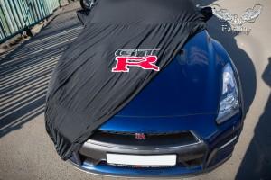 Nissan GT-R пошив чехла на кузов автомобиля