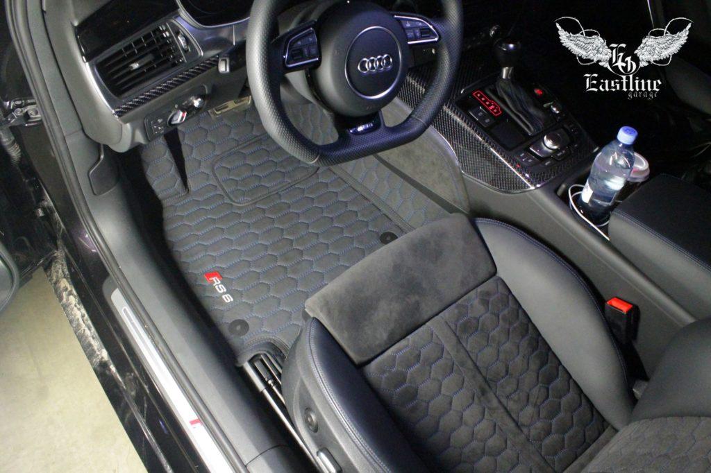 Audi RS6 – новый комплект ковриков из экокожи.